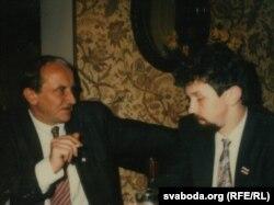 Лявон Шыманец і Сяргей Навумчык. Парыж, лістапад 1991 г.