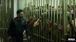 صحنهای از فیلم «متری شش و نیم» ساخته سعید روستایی