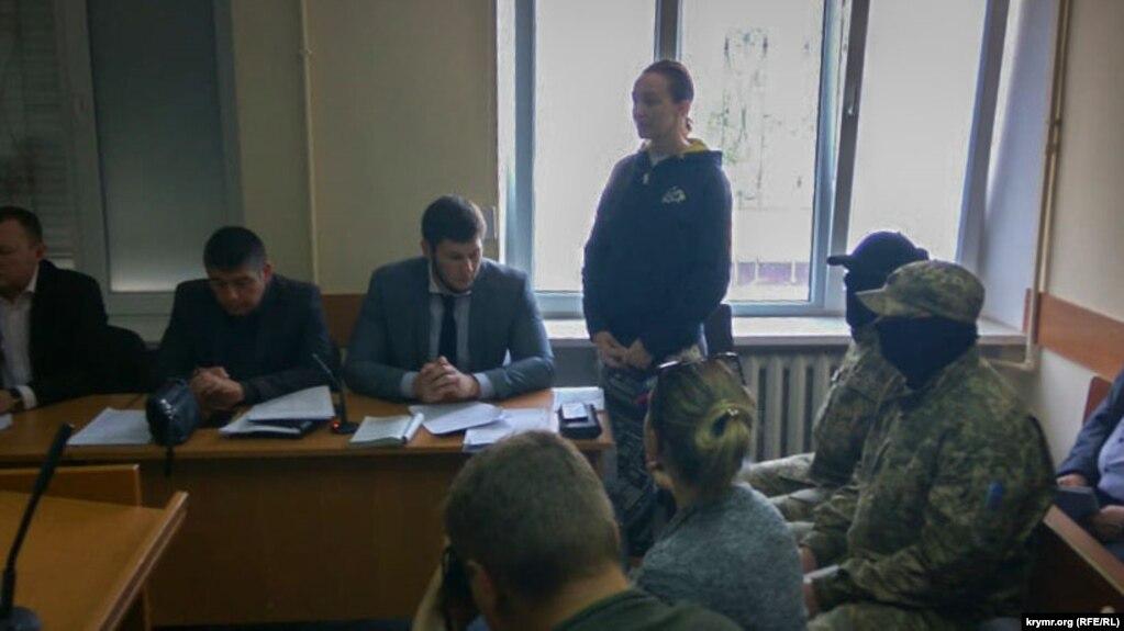 Елена Одновол на суде в Херсоне. 25 апреля 2018 года