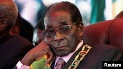 Robert Mugabe - foto arkivi