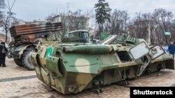Një ekspozitë e armëve ruse në Krime në vitin 2015.