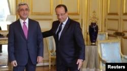 Ֆրանսիայի նախագահ Ֆրանսուա Օլանդը Ելիսեյան պալատում ընդունում է Հայաստանի նախագահ Սերժ Սարգսյանին, Փարիզ, 1-ը հոկտեմբերի, 2013թ.