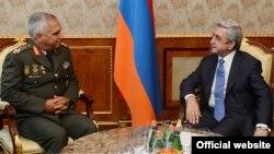 Սերժ Սարգսյանի և Միխաիլ Կոստարակոսի հանդիպումը, լուսանկարը՝ Հայաստանի նախագահի պաշտոնական կայքէջի