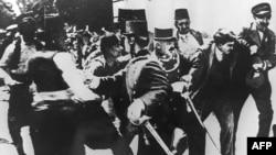 1914 жылы 28 маусымда Сараевода серб ұлтшылы Гаврило Принцип эрцгерцог Франц Фердинандты өлтірмегенде Бірінші дүниежүзілік соғыс басталмайтын ба еді?
