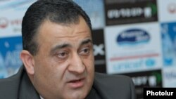 Armenia -- Ishkhan Khachatrian, a parliament deputy from the Orinats Yerkir party at a press conference in Yerevan, 28May2012.