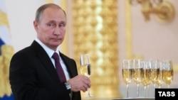 Президент России Владимир Путин на церемонии вручения верительных грамот