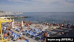 Массандровский пляж, конец августа 2015 года