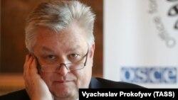 Michael Georg Link gjatë konferencës së sotme pë shtyp në Moskë