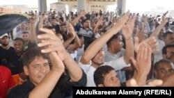 جانب من مظاهرة ابناء حي القبلة في البصرة