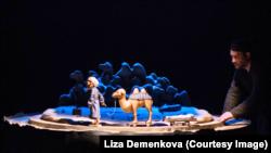 """Сцена из спектакля """"И дольше века длится день"""" в Музее ГУЛАГа"""