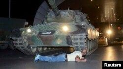 Turska u noći neuspelog puča