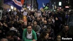 Սերբիա - Ապրիլի 25-ի բողոքի ցույցը Բելգրադում