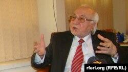 اسماعیل قاسمیار مشاور روابط بینالملل شورای عالی صلح افغانستان