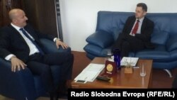 Градоначалникот на Охрид Никола Бакрачески се сретна со вицепремиерот и министер за финансии Зоран Ставрески.
