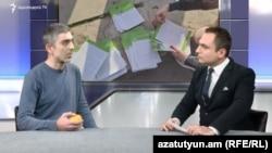 Член партии «Решение гражданина» Карен Арутюнян (слева) в программе «Интервью с Карленом Асланяном» на Азатутюн ТВ, 29 ноября 2018 г.