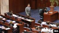 Премиерот Никола Груевски на собраниската седница на која се гласаше за доверба на Владата.