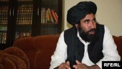 در حمله بر منزل عبدالسلام ضعیف یک محافظ وی کشته شدهاست