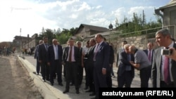Armenia -- Prime Minister Karen Karapetian inspects the reconstruction of Gyumri's old town, 1Sep2017