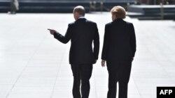Vladimir Putin și Angela Merkel la Kremlin, 10 mai 2015