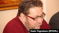 Журналист Андрей Свиридов. Алматы,11 февраля 2015 года.