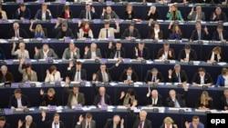 Депутаты Европарламента на заседании 11 марта 2015 года
