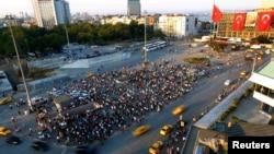 Թուրքիա - Հերթական բողոքի ակցիան Ստամբուլի Թաքսիմ հրապարակում, հունիս, 2013թ․