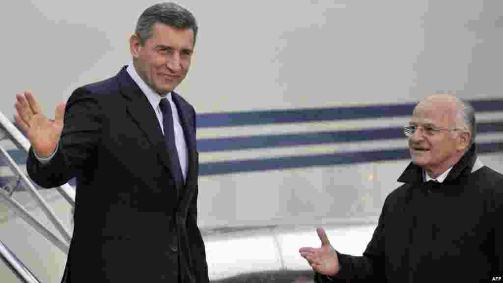 Ante Gotovina po povratku u Zagreb, AFP foto Hrvoje Polan