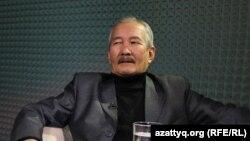 Смағұл Елубай.
