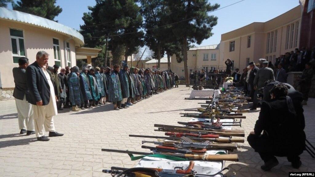 دو قوماندان طالبان: روسها و ISI طالبان را حمایت مالی میکنند