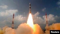 Үндістанның Марс орбитасына шығаруға арналған спутнигін ұшыру сәті. Шрихарикота космодромы, 5 қараша 2013 жыл. (Көрнекі сурет)
