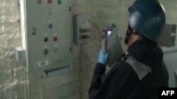 Քիմիական զենքի արգելման կազմակերպության տեսուչը աշխատում է Սիրիայում, հոկտեմբեր, 2013թ․