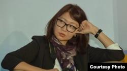 Репортер Азаттыка Сания Тойкен.