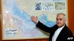 علی اکبر سیبویه، سفیر ایران در عمان و توضیح حدود دریایی برای خبرنگاران