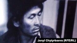 """Сүймөнкул Чоморов тартылган """"Улан"""" фильминен сүрөт."""