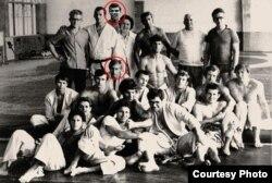 Николай Ващилин и Владимир Путин с товарищами по спортивной секции