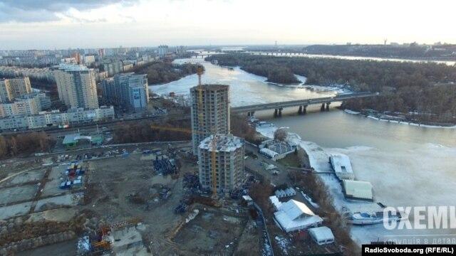 Будівництво житлового комплексу «Сонячна Рів'єра» у Києві на Микільській Слобідці