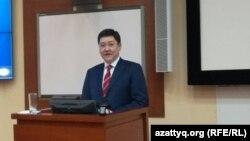 Заместитель председателя Комитета национальной безопасности Казахстана Даулет Ергожин. Фото взято с правительственного сайта.