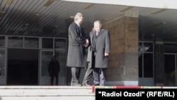 М.Алимардон ва Т.Мамитов дар нишасти Душанбе