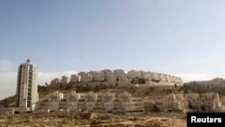 Вид на израильское поселение в окрестностях Иерусалима.