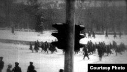 Акция протеста на центральной площади Алматы 17–18 декабря 1986 года.