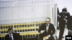 Адвокати Тимошенко Микола Сірий та Сергій Власенко (фото з екрану в залі для журналістів)