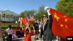 В Вашингтоне Ху Цзиньтао встретили не только протестами