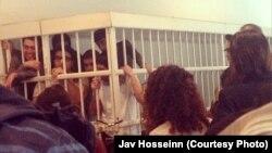 Подсудимые активисты движения NIDA до начала голодовки и их близкие . Архивно-иллюстративное фото, 2014
