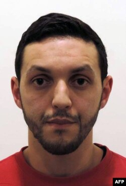 محمد ابرینی، ۳۰ ساله و تحت تعقیب است