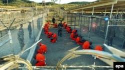 Тюрьма Гуантанамо. 2002 год.