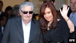 Кристина Киршнер и Хосе Мухика в Монтевидео
