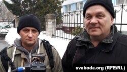 Кастусь Жукоўскі (зьлева) і Андрэй Толчын