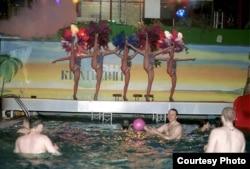 Ночные развлечения богатых посетителей одного из спортивных центров в Сочи