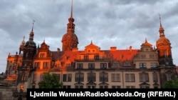Дрезден. Палац-резиденція під час заходу сонця