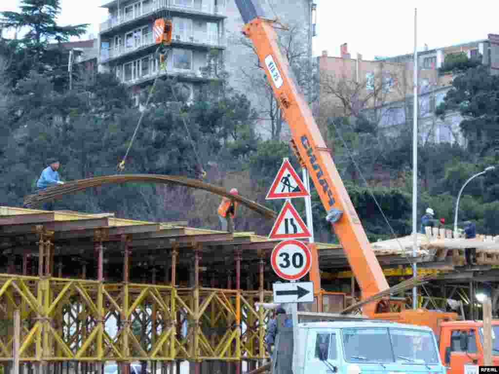 ესტაკადის მშენებლობის პროცესი